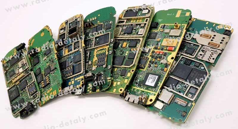 Плати мобільних телефонів нового покоління